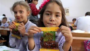 6,5 milyon öğrenciye kuru üzüm dağıtılacak