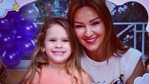 Pınar Altuğ kızına koyduğu yasakları anlattı