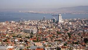 İzmir zirveye koşuyor
