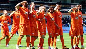 Medipol Başakşehir 3-0 Mersin İdman Yurdu