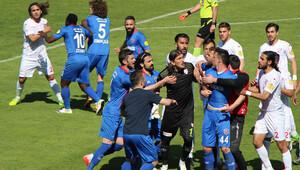 Boluspor-Kardemir Karabükspor maçında olay!