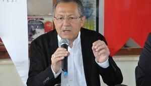 Balıkesir Büyükşehir Belediye Başkanı Ahmet Edip Uğur'dan valiye sert sözler