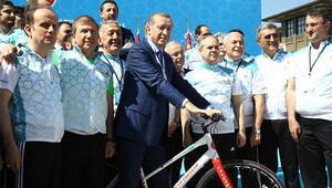 Kenan Sofuoğlu'ndan Erdoğan'ı büyüleyen gösteri
