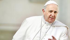 Papa'nın gönlündeki aslan Bernie Sanders mı