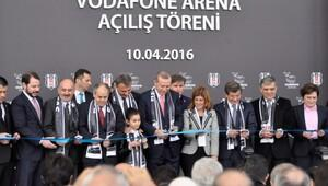 Ve Vodafone Arena açıldı