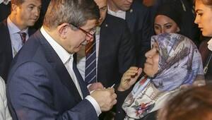 Başbakan Davutoğlu gece yarısı Şanlıurfa'ya gitti