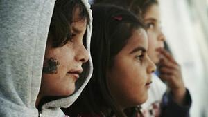 Teoman yeni klibinde mülteci dramını anlattı