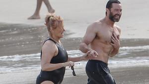 Hugh Jackman'ın eşini annesi zannettiler!