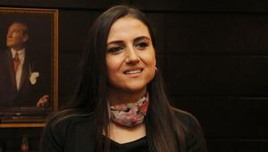 Dilek öğretmen deneyimlerini Dubai'de anlattı