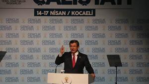 Davutoğlu: 7 Haziran öncesinde takındıkları sahte maskelere sığınıyorlar