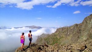 Dünyayı koşan çiftle adım adım Pireneler