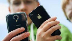 Seyahatte telefonunuzun başına gelecek tüm sorunları çözmenin 10 yolu