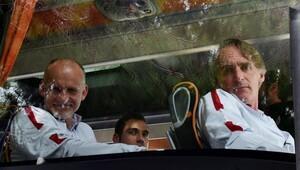 Galatasaray'a Antalya'da taraftar şoku