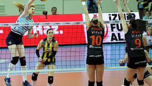 Eczacıbaşı VitrA: 2 - Fenerbahçe Grundig: 3