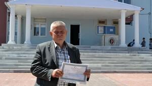 60 yaşında lise diploması aldı