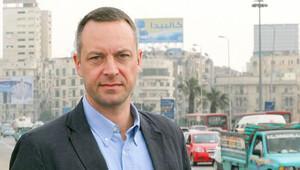 Alman muhabir Scwehck, Atatürk Havalimanı'nda gözaltına alınıp sınır dışı edildi