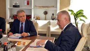 Ankara'da İzmir'in projeleri konuşuldu