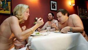 Bu restoranda müşteriler çırılçıplak yemek yiyecek!