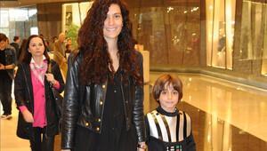 Bergüzar Korel'in oğlu Ali'nin 23 Nisan'ı