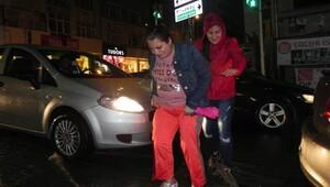 İstanbul'da şiddetli yağmur hayatı olumsuz etkiledi