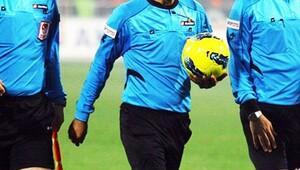 1461 Trabzon-Göztepe maçı 5 dakika geç başladı