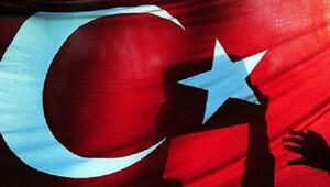 FT: Dolandırıcılar Türklerin milliyetçilik duygularını sömürüyor