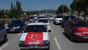 Meral Akşener'i konvoyla karşıladılar