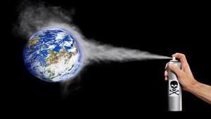 Ozon tabakasına zarar veren insan yapımı gazlar hangileri?