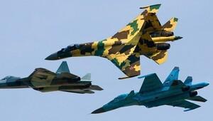 Rus jeti Amerikan keşif uçağıyla burun buruna geldi