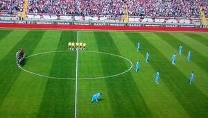 Trabzonspor'dan 2 dakika eylem!