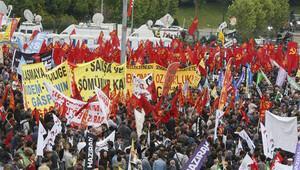 Bakırköyde 1 Mayıs: Geç başladı, çabuk bitti