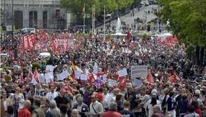 İspanya'da 76 şehir 1 Mayıs'ı kutladı