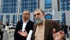 Murat Belge'nin yargılaması başlandı