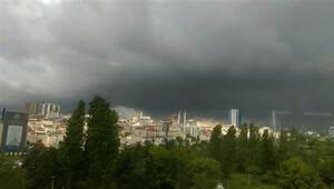 İstanbullulara kötü haber: Sağanak yağış akşam tekrar başlayacak