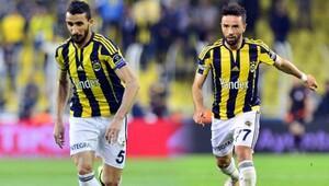 Mehmet Topal ve Gökhan Gönül kalıyor