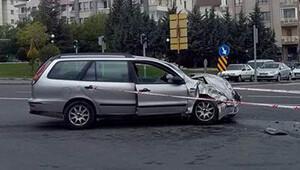 Kaza yapan otomobilden 13 kişi çıktı