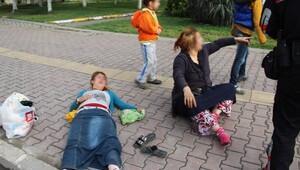 İki kadın sokak ortasında darbedildi