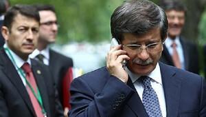 Davutoğlu'na sürpriz telefon
