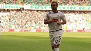 Meha Torku Konyaspor'dan ayrılıyor