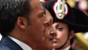 İtalya Başbakanı: İncil'e değil, Anayasa'ya yemin ettim