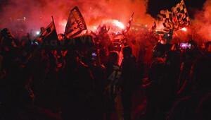 Beşiktaş'ın şampiyonluk kutlamalarında büyük çoşku