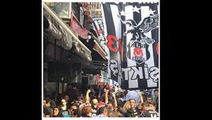 Ünlülerden Beşiktaş paylaşımları