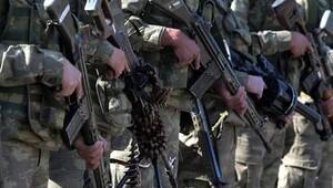 PKK'lı teröristlerce açılan ateş sonucu ağır yaralanan asker, hastanede şehit düştü