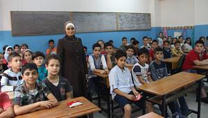 BM'den 'Eğitim bekleyemez' kampanyası