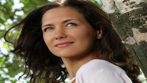 Ünlü Rus oyuncu Ekaterina Klimova 'Alanya'dayım' diyemedi