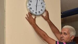 Çocuğundan şüphelendi, 'saat' ile yakaladı