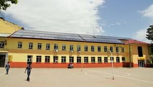 Okul kendi elektriğini üretiyor