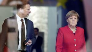 Almanya Böhmermann hakkındaki karara yorum yapmadı