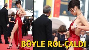 Bella Hadid filmin oyuncularından bile rol çaldı
