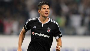 Süper Lig'in gol kralı Gomez